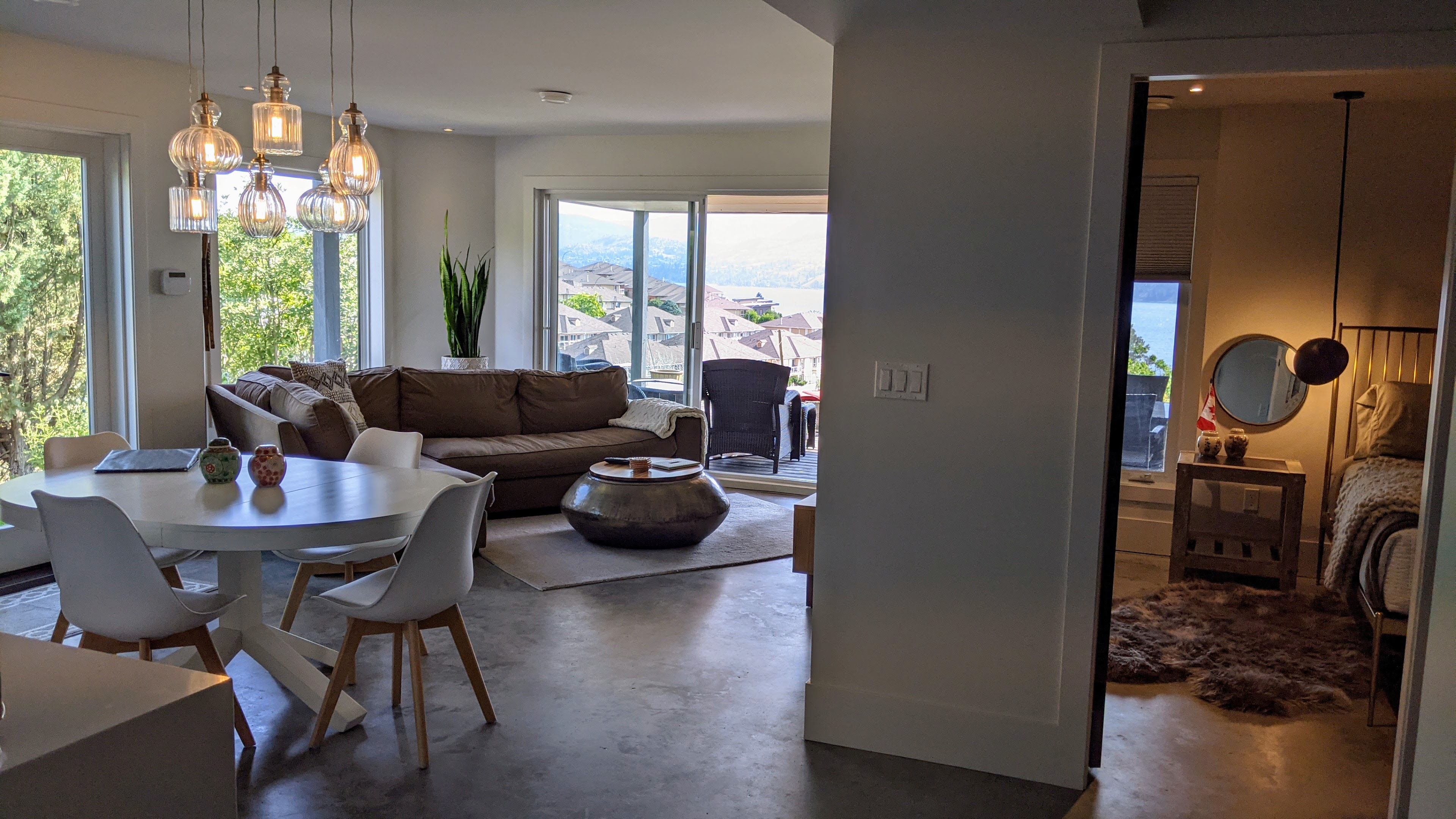 Penticton Lakeview Lookout Airbnb Living and Bedroom