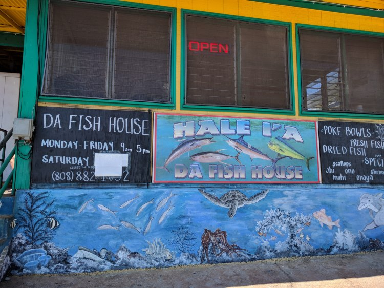 Hale l'a Da Fish House from outside