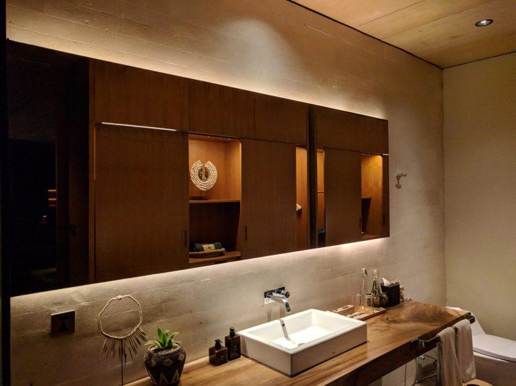 The Slow - Bathroom