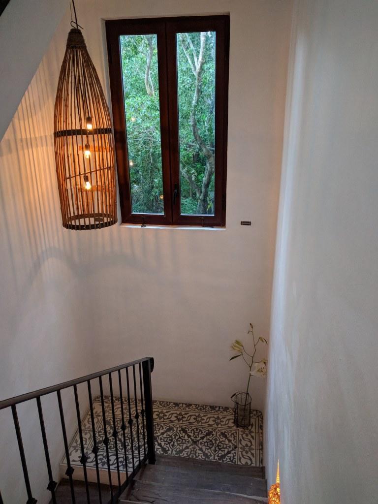 La-Semilla-Playa-Del-Carmen-Stairwell