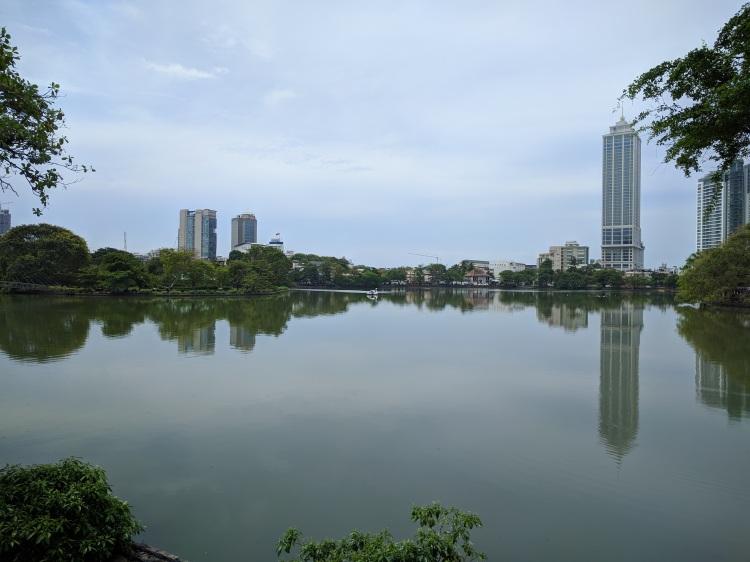 Gangaramaya Park