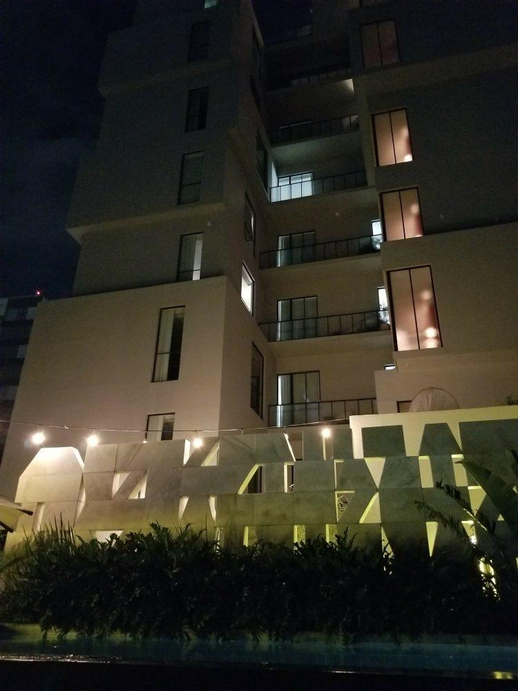 Casa Habita in Guadalajara at night by the pool