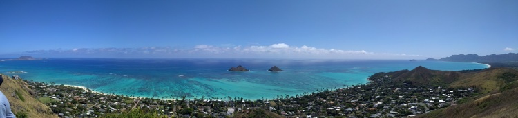 Panorma view at the top of the Lanikai Pillbox hike