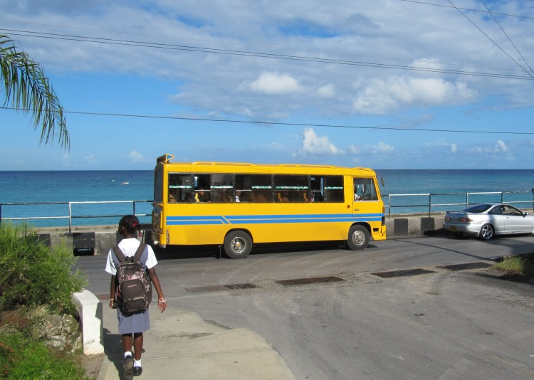 Reggae bus in Babados
