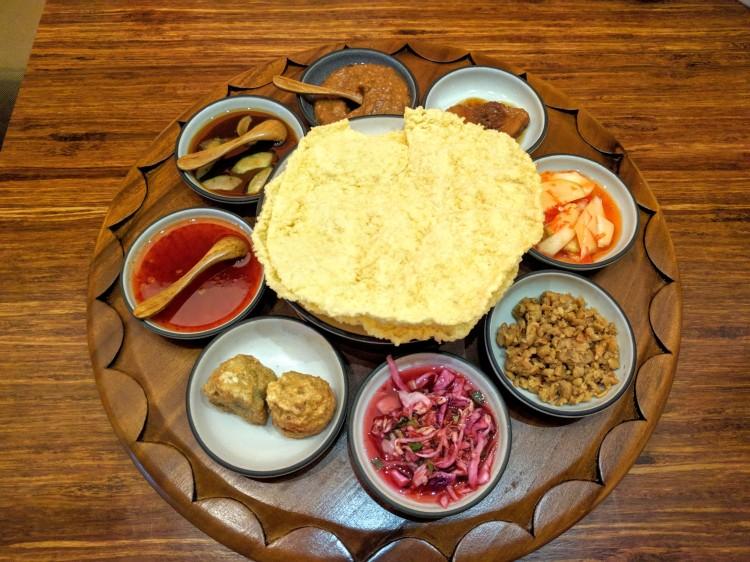 Starter at Nusantara; krupuk with condiments