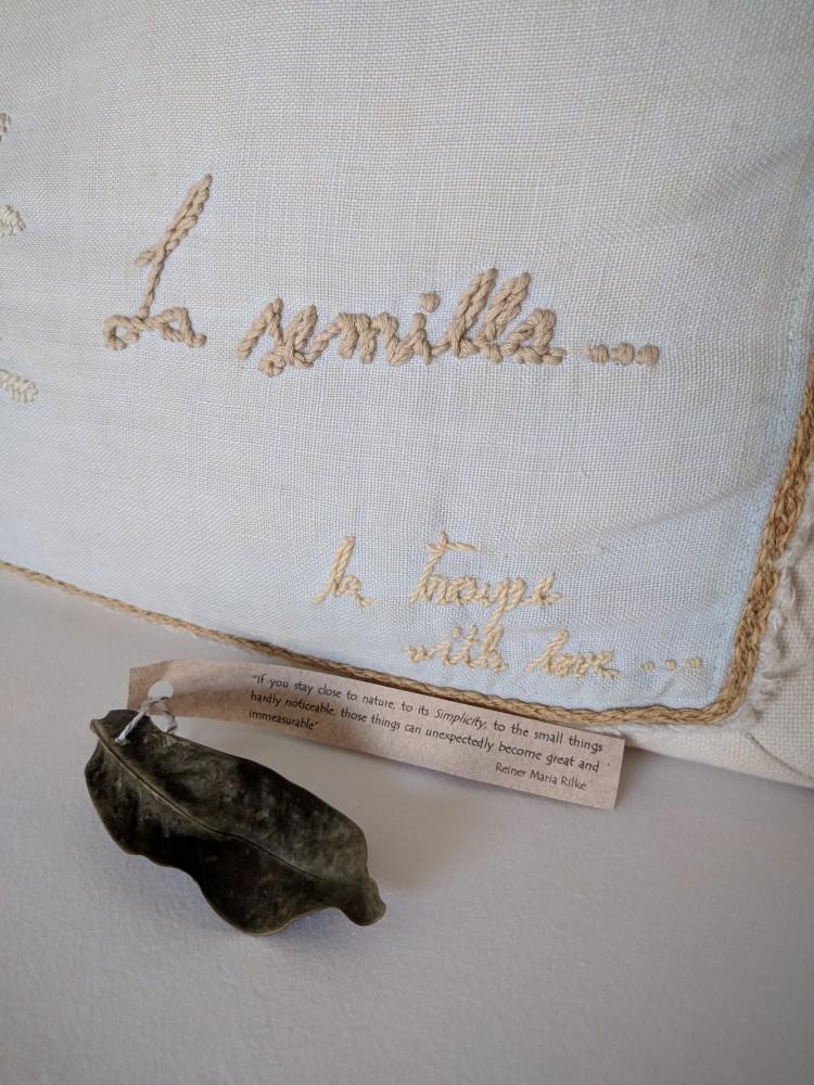 La-Semilla-Playa-Del-Carmen-Pillow