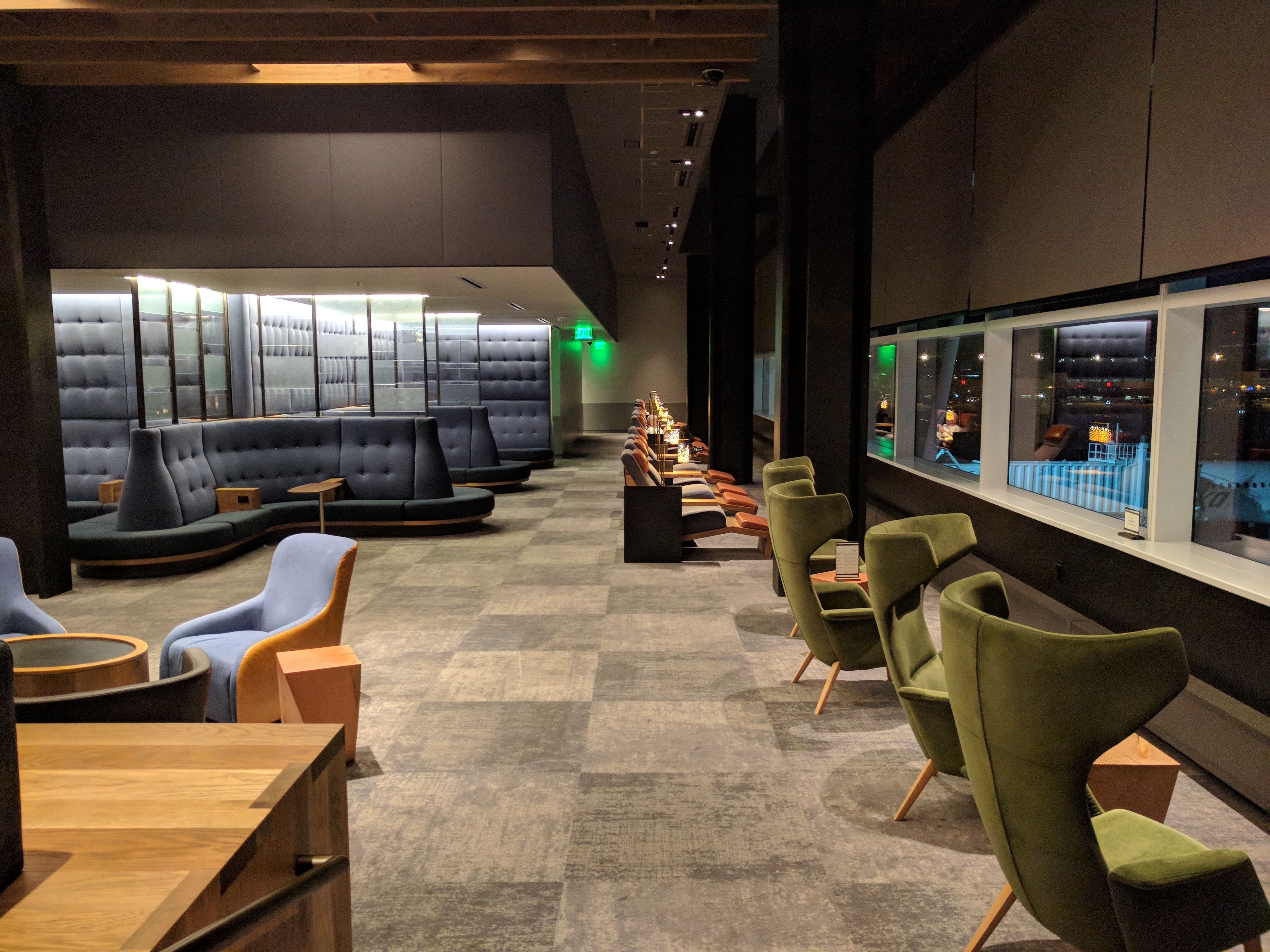 Alaska Lounge N-Gates: More quiet area seating