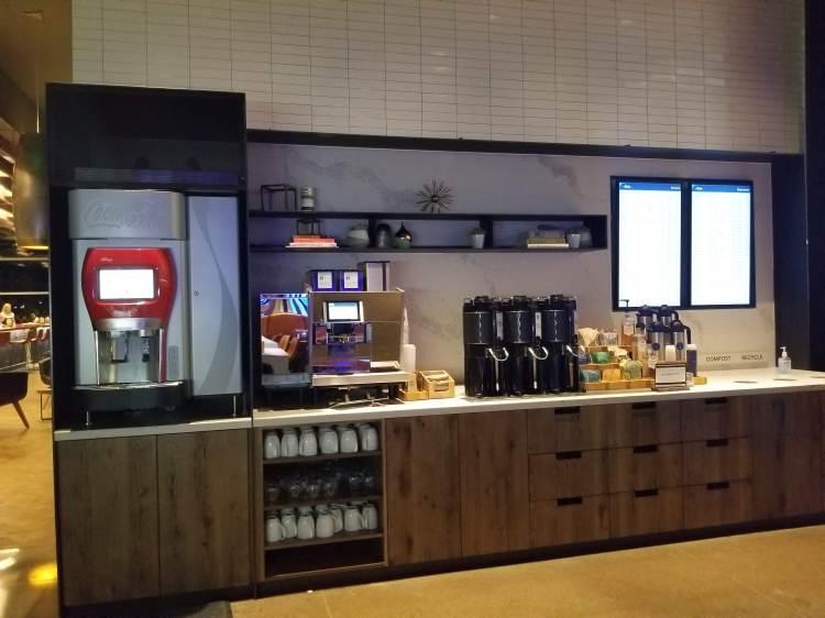 Alaska Lounge N-Gates: Beverages