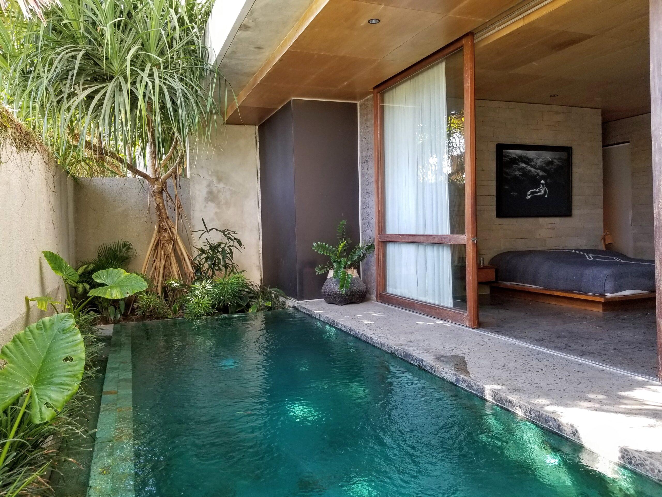The Slow - Pool Villa