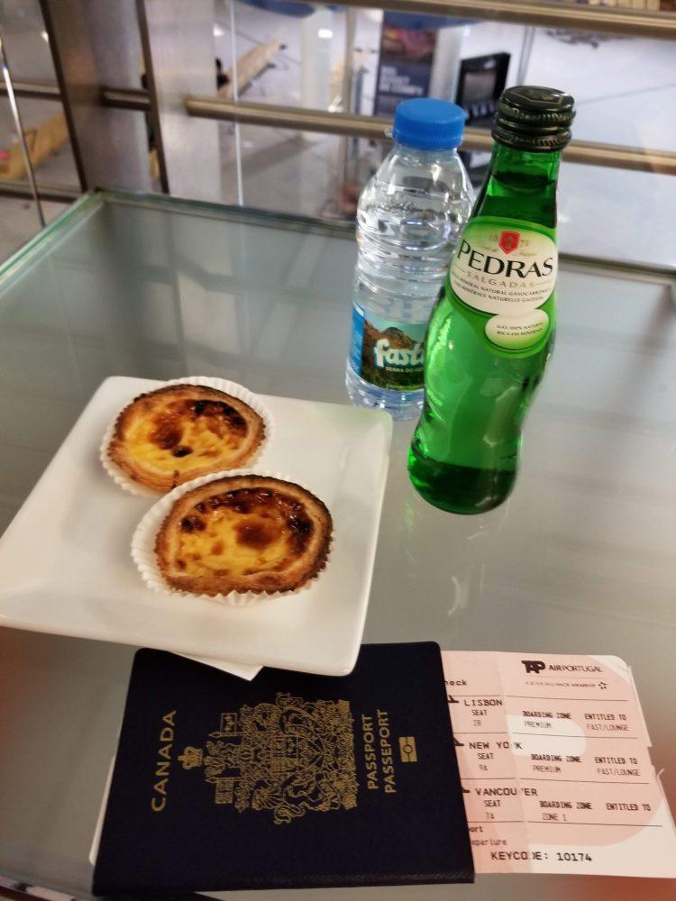 Pasteis de nata at the OPO - Porto Lounge