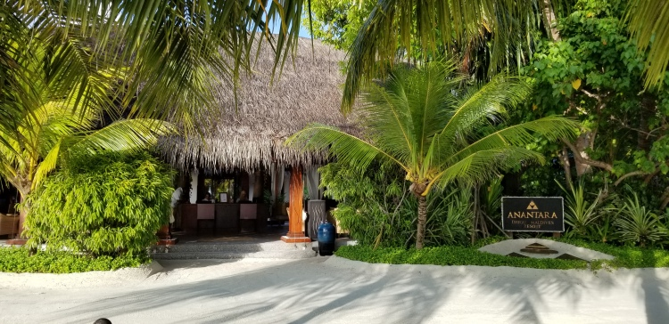 Lobby at the Anantara Dhigu