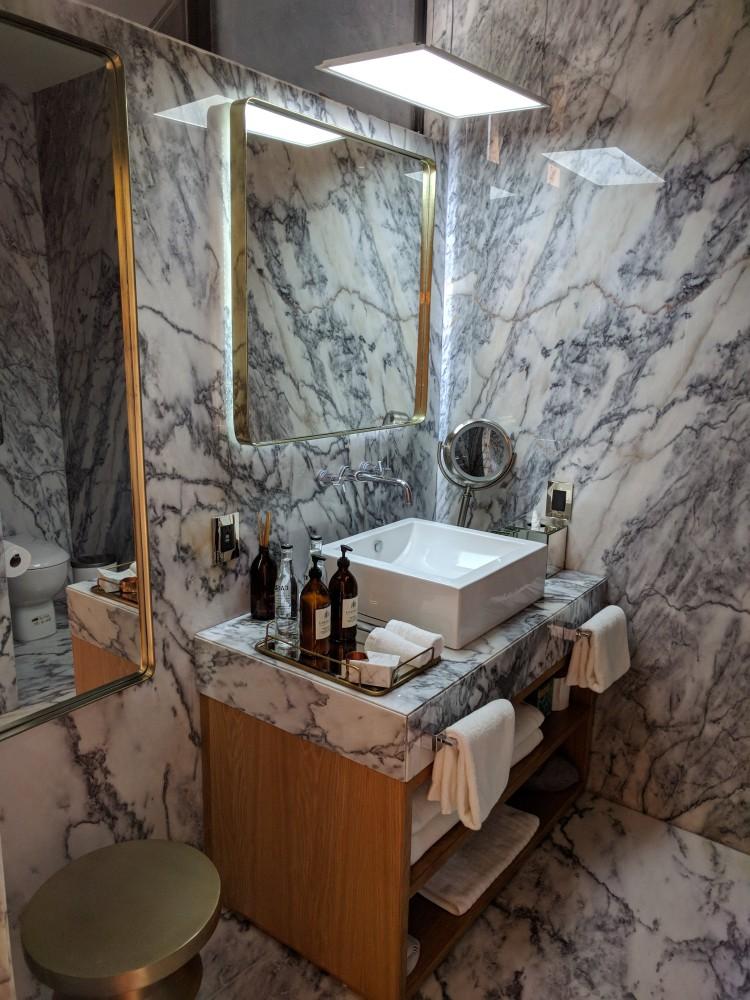 Ignacia-Mexico-Bathroom