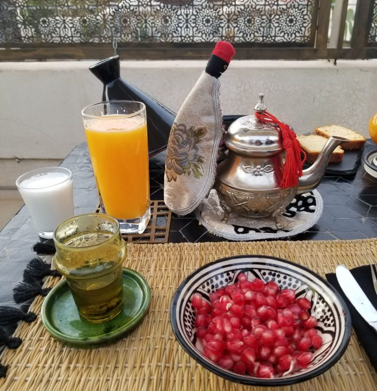 Marrakech-Morocco-Dar-Kandi-Brekafast-Tea