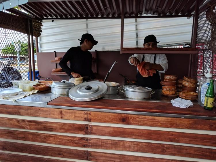acos Birria y Consome Kitchen