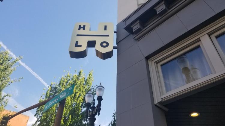 Hi-Lo Hotel sign