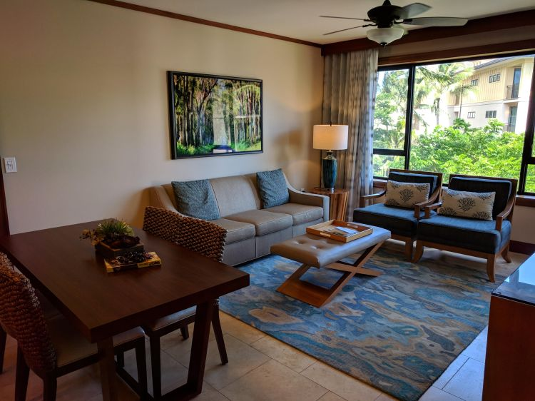 Living/dining area in the 1 bedroom partial ocean view villa