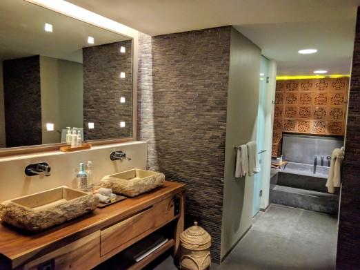 Bamboo Villa Bathroom