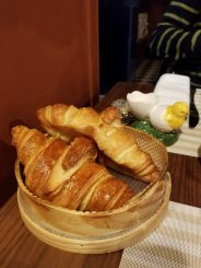 Cocorico Luxury Guesthouse: Croissants