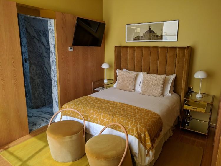 Ignacia-Mexico-Amarilla-Bed