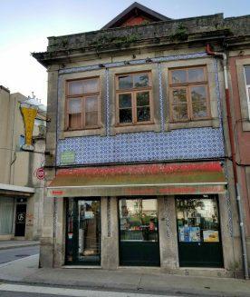 Neighborhood tavern in Porto