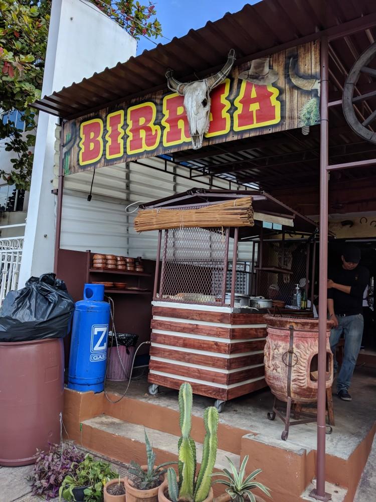 Tacos Birria y Consome