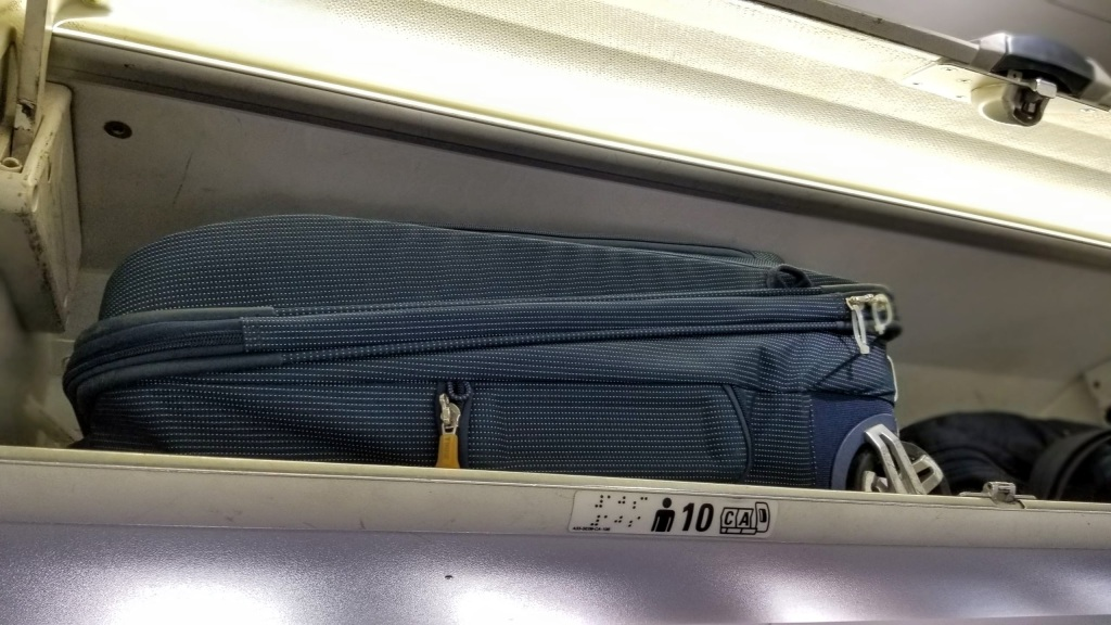 Proof that the Thule bag fits into an Air Canada Q400 overhead bin
