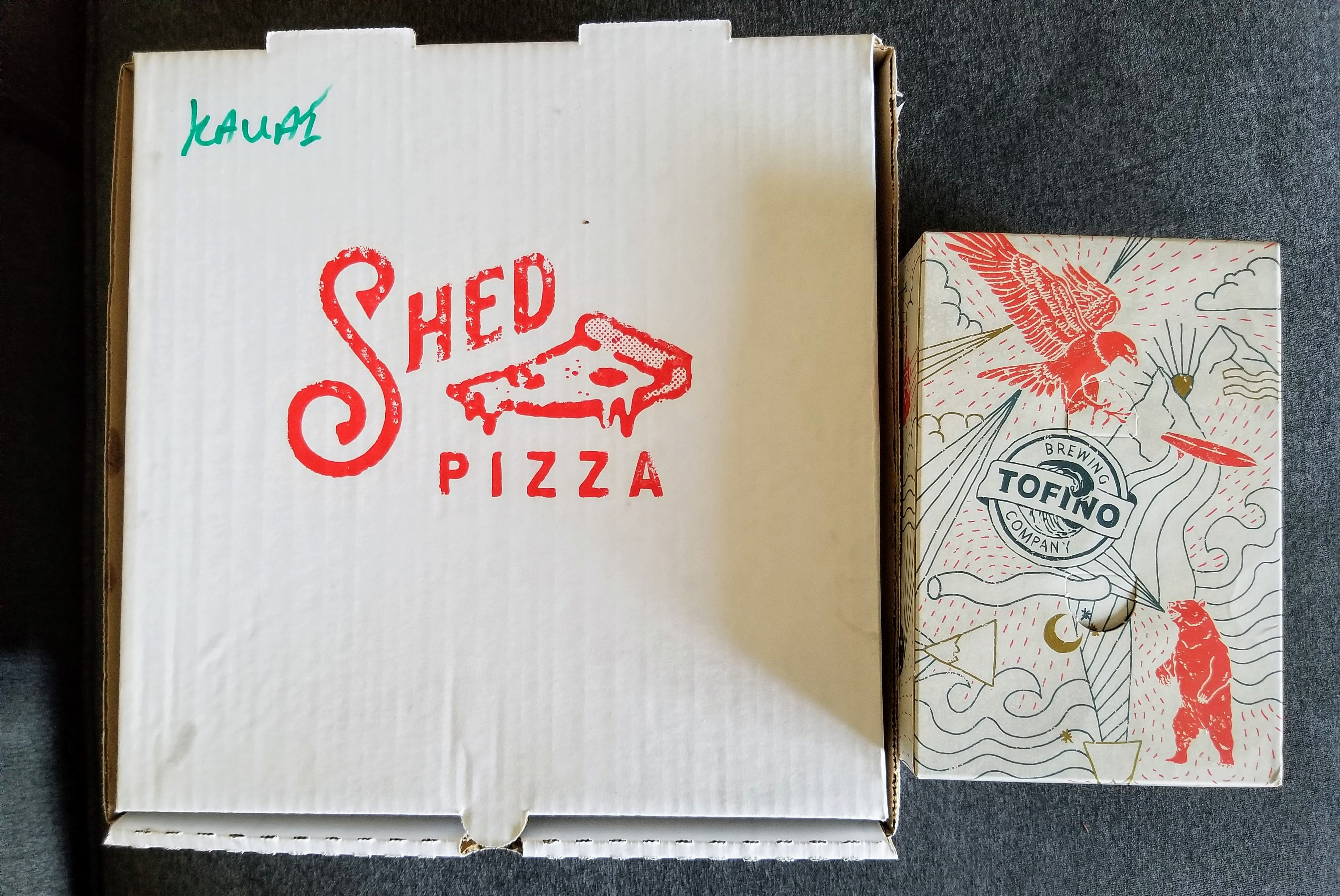 The Shed pizza and 6 pack of beer deal: a good option to take to the beach