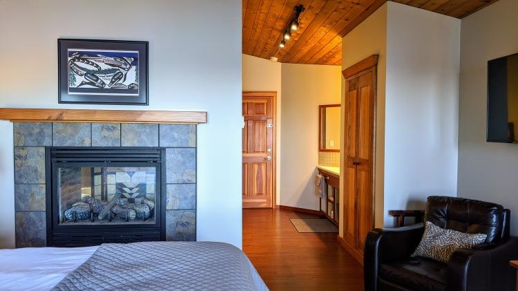 A Snug Harbour Inn: The Sawadee Room living area