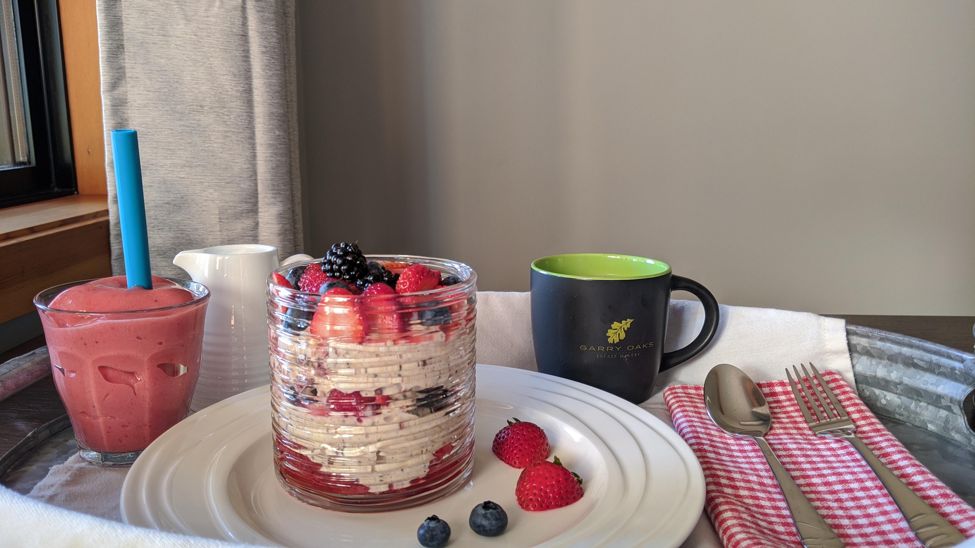 Sunrise Isles Bed and Breakfast: yogurt parfait
