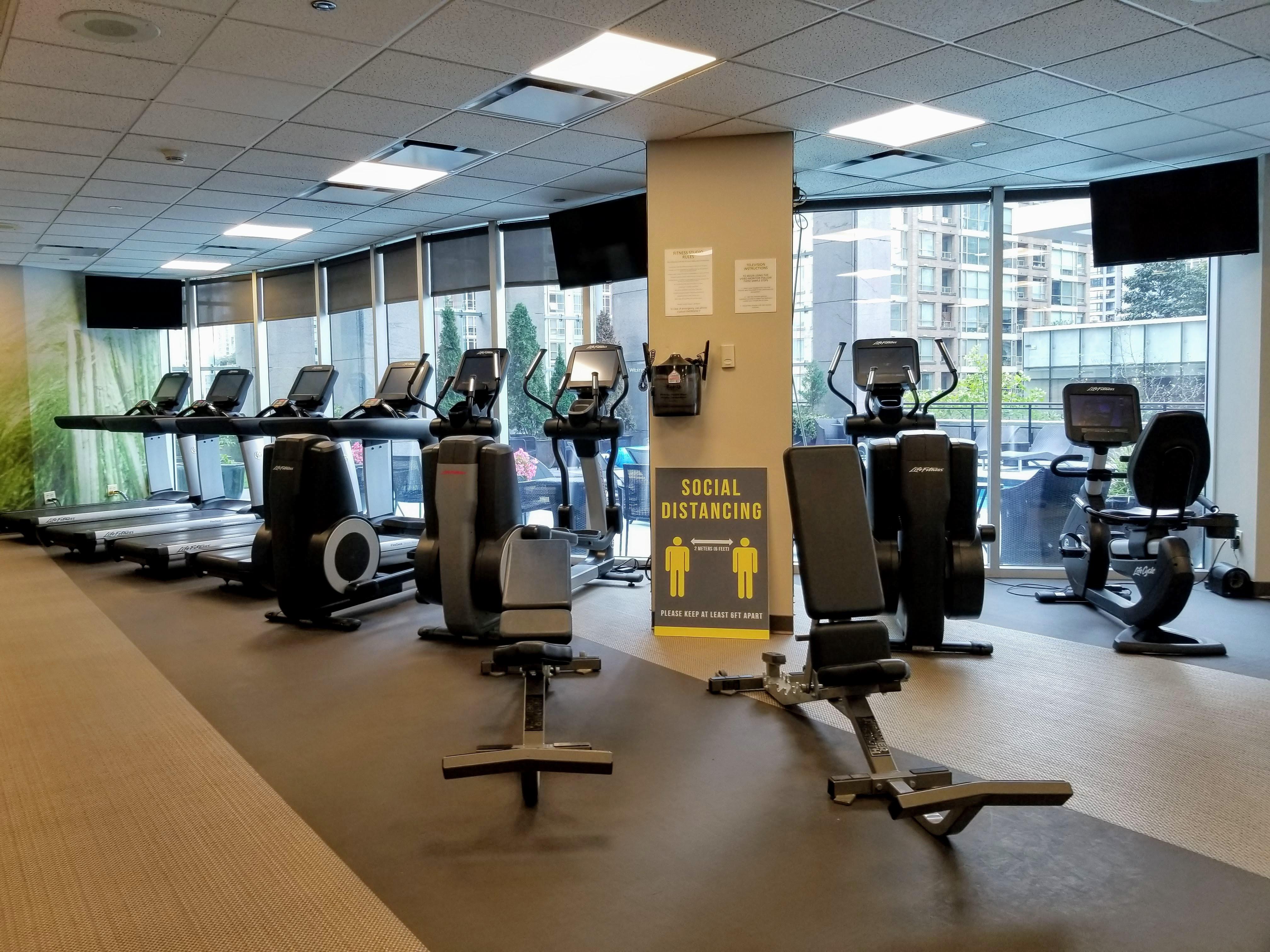 Hilton Downtown Vancouver - Gym
