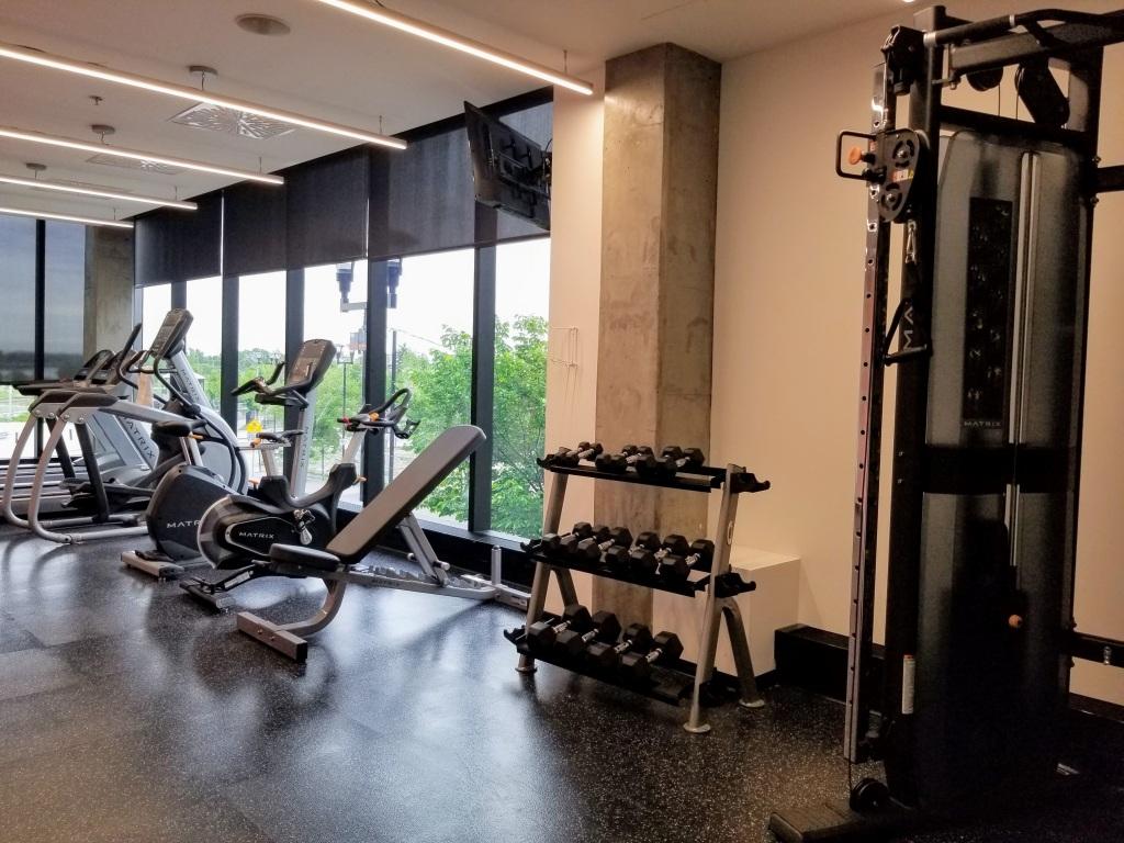 Alt Hotel Calgary East: gym