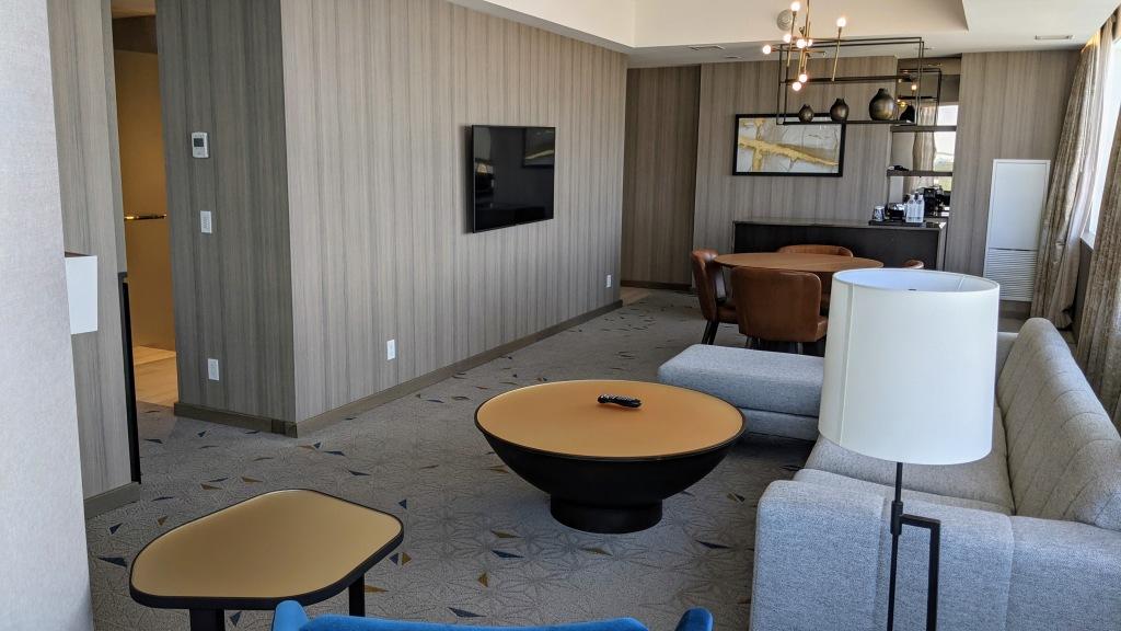 JW Marriott Edmonton ICE District Suite: Living area