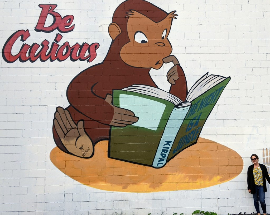 """The """"Be Curious"""" mural in Edmonton"""