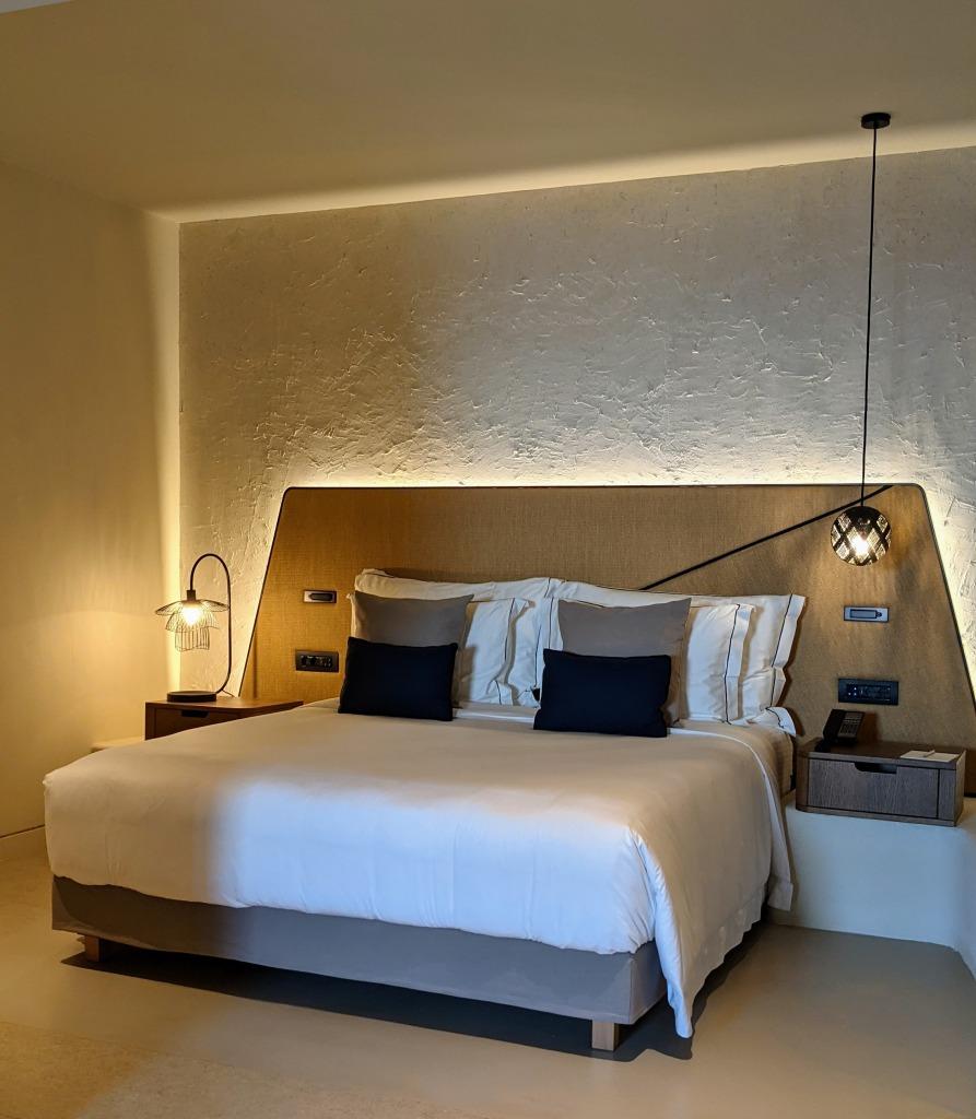 Aegon Mykonos Infinity Suite Revive: bedroom